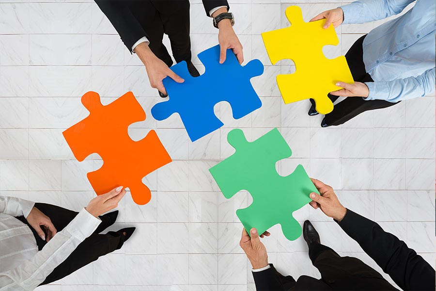 How to foster meaningful communication and cooperation at your dealership